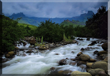 DRAKENSBERG Magnificent Mountain